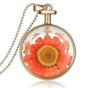 dried flower pendant
