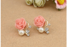 Pink rose pearl earrings