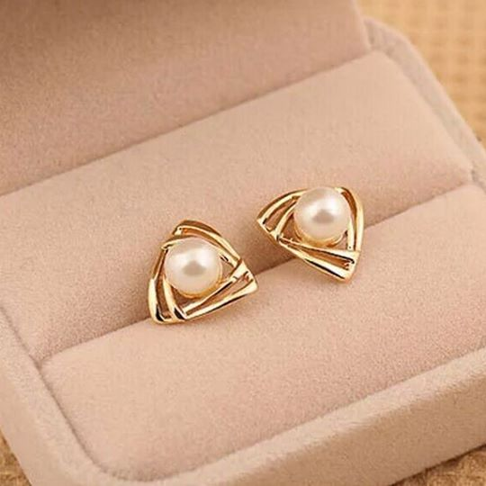 triangle-imitation-pearl-earrings1