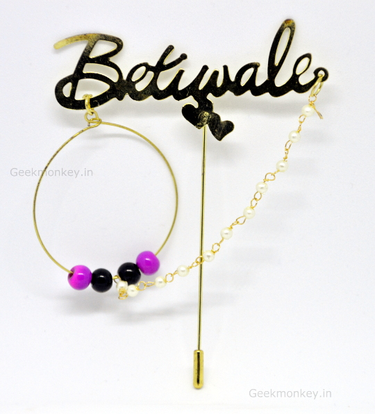Betiwale brooch white