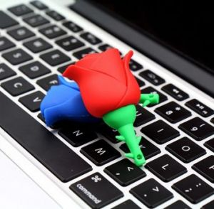 Rose Pendrive 8GB