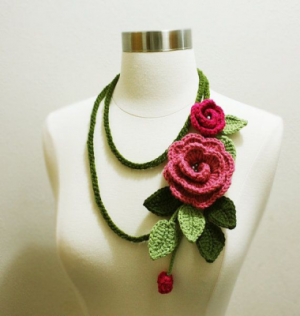 Green Pink Double Flower NeckLace
