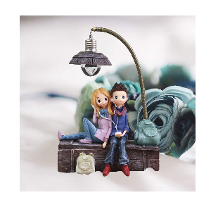 romantic couple lamp