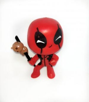 DeadPool Figurine